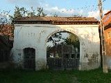 A Bors-kúria bejárati kapuja